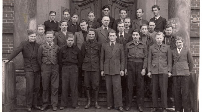 Klassenfoto der Kr-1947-6
